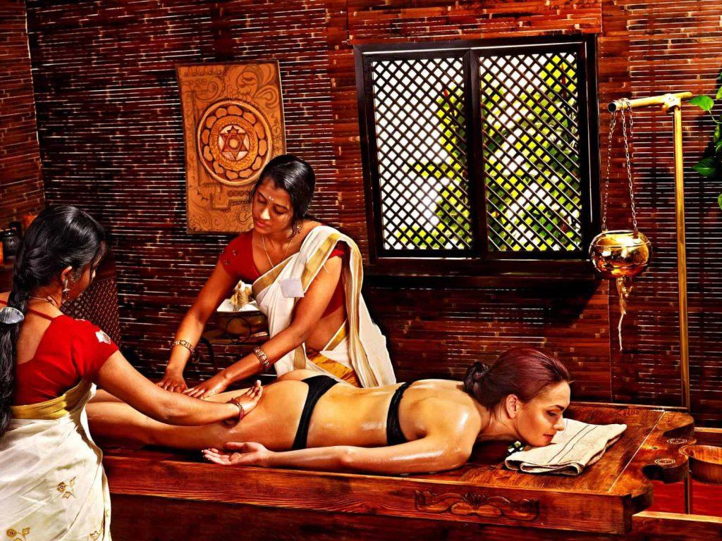 Masaż ajurwedyjski Abhyanga w Indiach